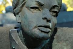 POMNIK PIWNICY POD BARANAMI, 2000, Anna Dymna