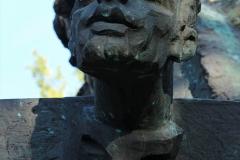 POMNIK PIWNICY POD BARANAMI, 2000, Krzysztof Litwin