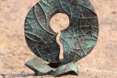 FINITE-BOUNDLESS, 1972, bronze